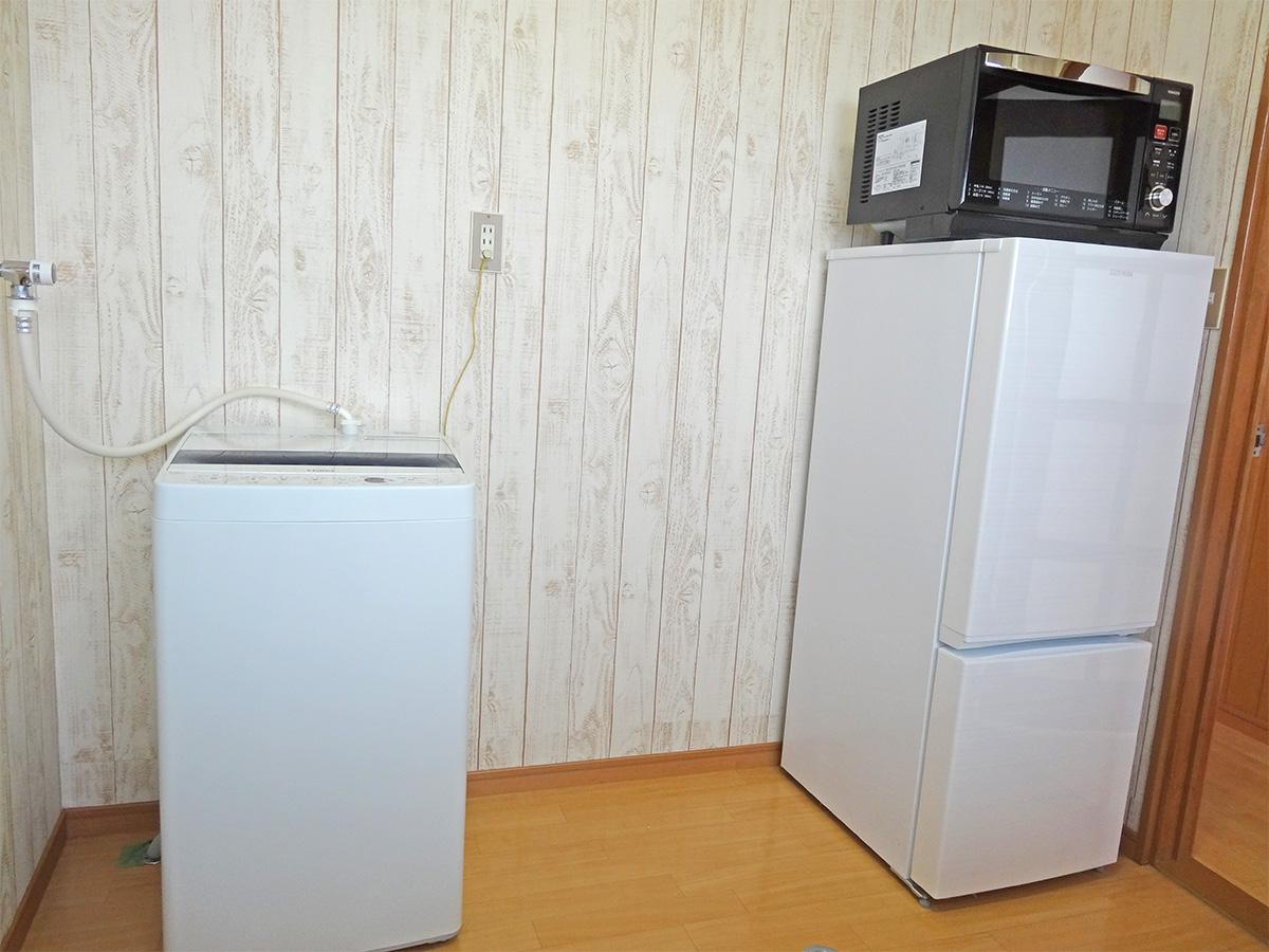 洗濯機・オーブンレンジ・冷蔵庫付き